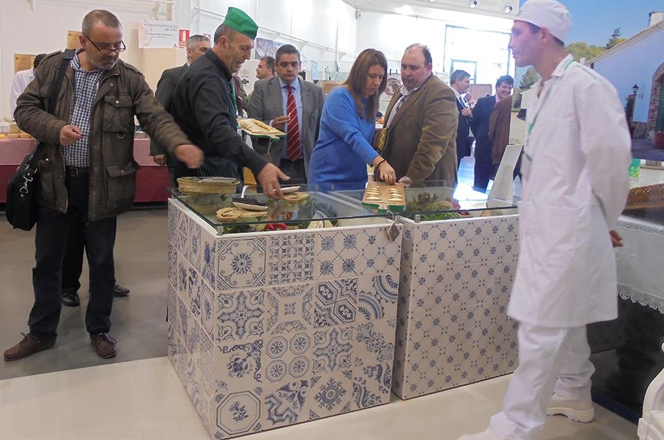 Degustación de queso manchego Las Terceras en la II Feria Nacional del Queso