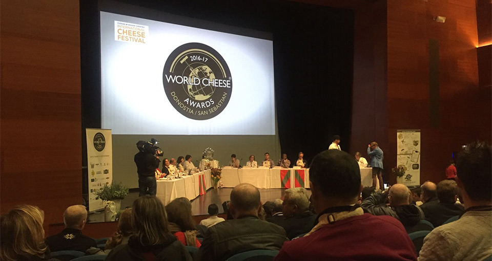 Concurso final en el World Cheese Awards 2016