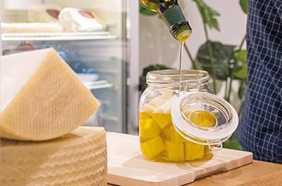 Quesera para guardar el queso manchego