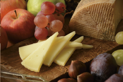 Corte de nuestro queso manchego